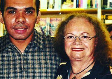MARINÊS E SUA GENTE: MINHA HISTÓRIA COM A RAINHA por Juninho Batista